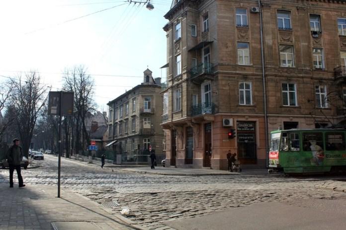 «П'ятикутне» перехрестя, де колись існувала одна з улюблених кнайп студентів Політехніки.