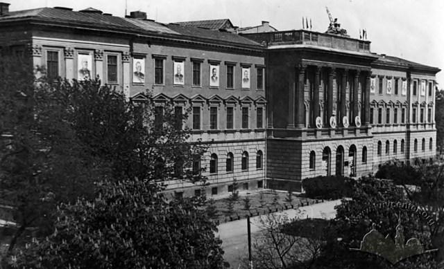Львівський політехнічний інститут, фото 1945 – 1953 рр.