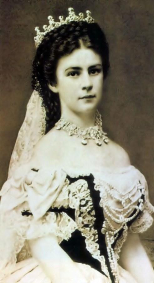 Єлизавета Баварська (Габсбурґ), більш відома як Сісі, Фото кінця ХІХ ст. з vojnapovijest.vecernji.hr