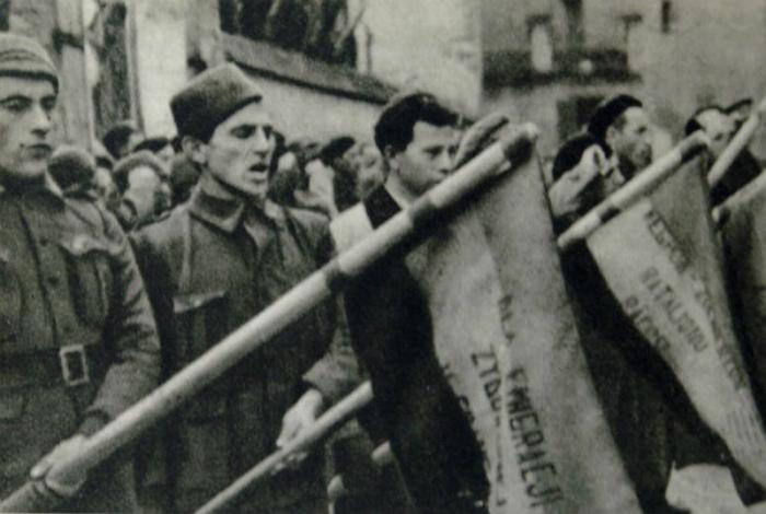 Бійці бригади Домбровського в Іспанії. Фото з www.istpravda.com.ua