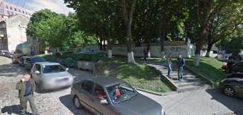 Місце на вул. Сянській, де розташовувалась велика передміська Синагога. Фото 2015 року