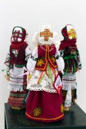 """Експозиція виставки """"ЕТНО лялька VI"""""""