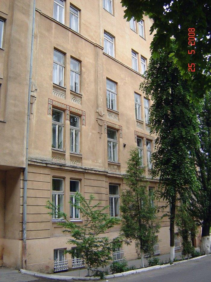 Сучасний вигляд будинку дяківської бурси вул. П. Скарги, 2а (Озаркевича, 2)