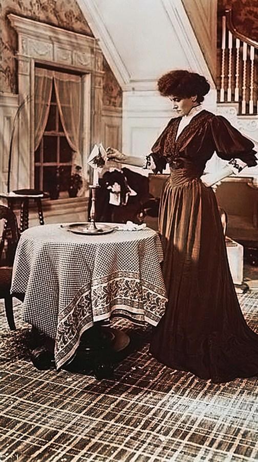 Берта Каліш в ролі Міріам Фрідлендер з Крейцерової сонати, п'єси за повістю Льва Толстого. Поставлена на Бродвеї, 1906 р.