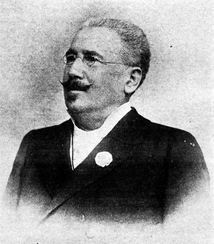 Авром Гольдфаден – автор театральних п'єс, який по приїзді до Львова бере на себе керівництво єврейським театром