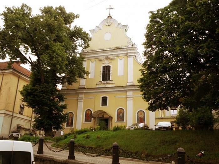 Храм був відреставрований у 1904–1905 рр. під керівництвом Наполеона Лущкевича спільно з Міхалом Лужецьким