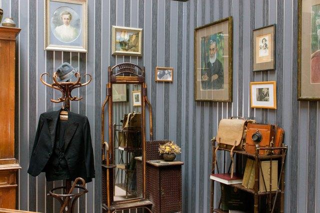 Експозиція, що відтворює фрагмент інтер'єру родинного будинку Свєнціцьких