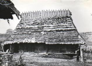 Стодола стайня з с.Либохора Турківського р-ну, Львівської обл. Фото до 1968 року