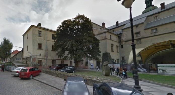 Корпус факультету культури та мистецтв, що є найстарішим серед корпусів Львівського університету