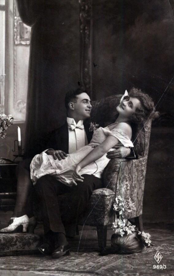 Фото чоловіка і жінки, між 1910–1930 рр. Джерело: https://polona.pl