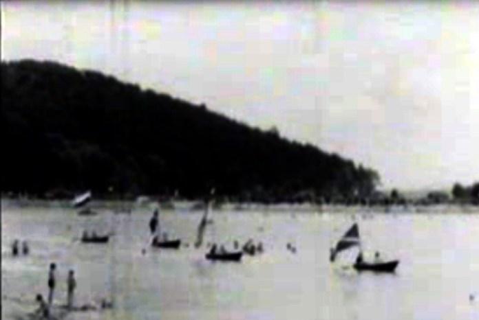 """Регата на """"Комсомольському"""" (Винниківському) озері. Зображення1953 року"""
