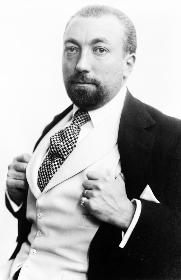 Поль Пуаре, близько 1913 року (джерело: https://uk.wikipedia.org/)