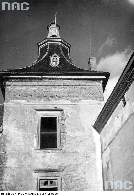 Вежа Олеського замку. Фото 1939-1943 рр.