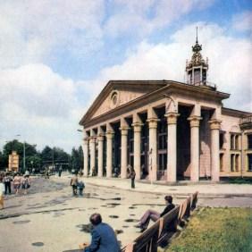 Старий термінал Львівського аеропорту.