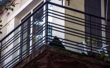 Будинок на вул. Літній, 6, ( на світлині – типовий для стилю балкон) фото М. Ляхович