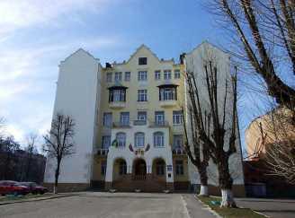 Школа після реставрації 2008 року