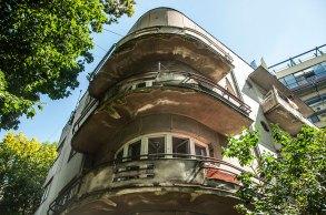 Вул.Туган-Барановського, 36, житловий будинок в стилі функціоналізму, колись належав родині Шпац, фото М. Ляхович