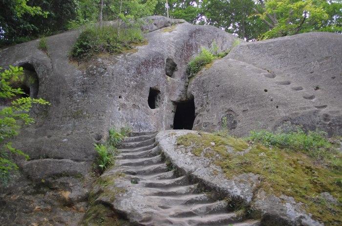 Печерний комплекс в Розгірче