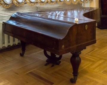 Рояль салонний (1841-1843). Фото: Ксенія Янко