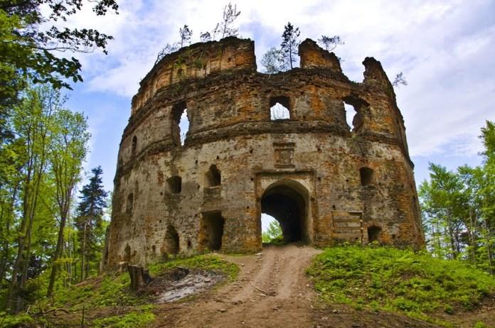 Руїни замку Гербуртів. Сучасний стан