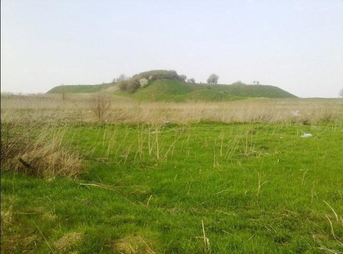 Залишки укріплених валів в Звенигороді