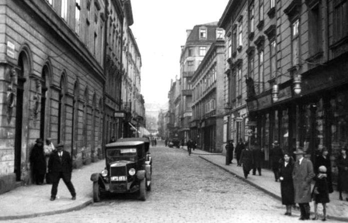 Львів, вулиця Братів Рогатинців у 1920-х роках