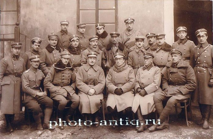 Польська польова поліція у Львові 1918 року