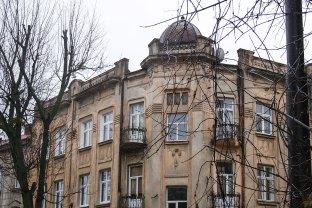 Кам'яниця на вул. І. Котляревського, 21. Фото: Анастасія Нерознак