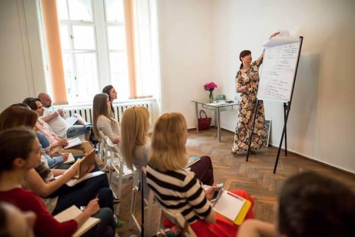 Людмила Калабуха. Всі - на переговори з новими знаннями від Людмили Калабухи!