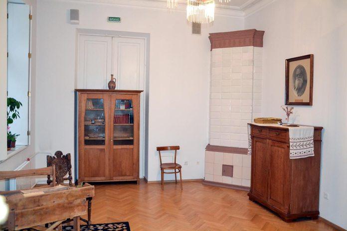 Меморіальна експозиція «Кімната Катерини» в Історико-меморіальному музеї Михайла Грушевського в Києві