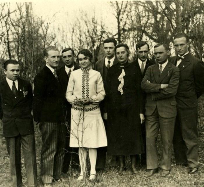 Весільне фото Романа та Наталії Шухевичів, 1930 р.