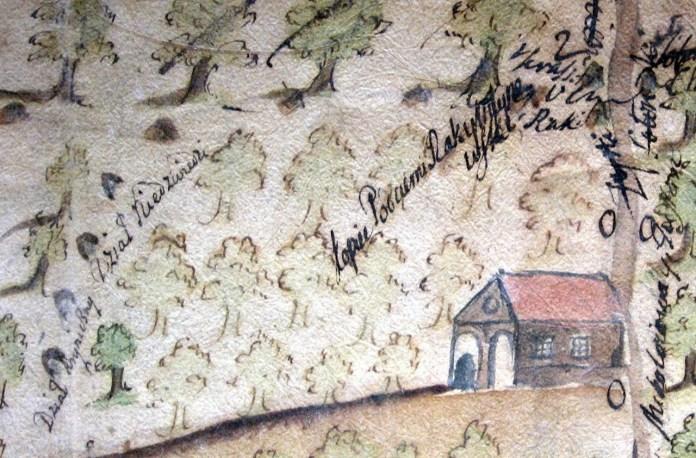 Дорога від корчми у Деревачі прямує через долину Медвеже (криничний діл)