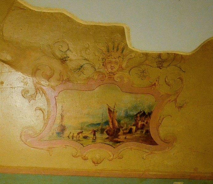 Морська тематика на фресці кам'яниці Коломийської (фото Тетяна Жернова, 2017р)