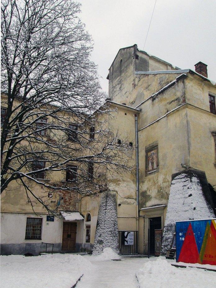 Факультет культури і мистецтв ЛНУ ім. І.Франка та ''Музей Ідей''. Фото Мар'яни Іванишин.