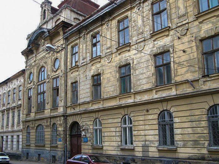 Будинок по вул. Берштайна, 12 (тепер вулиця Шолом–Алейхема), де колись знаходився Єврейський музей