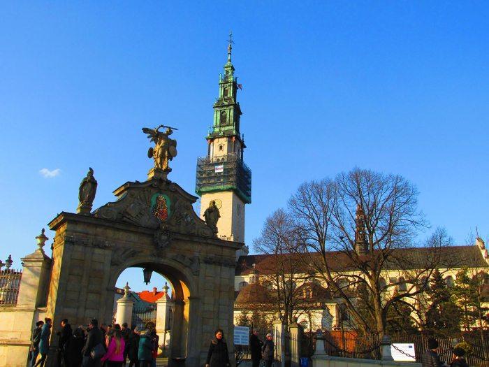 Ясногурський монастир у місті Ченстохова. Тут нас чекає побачення з частинкою Львова. Фото Сергія Гуменного.