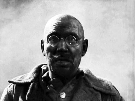 Амвросій Бучма в ролі німецького солдата у фільмі «Арсенал», 1929 р.