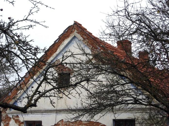 Оригінальне викінчення фаєрмура у житловій будові Дорнфельд