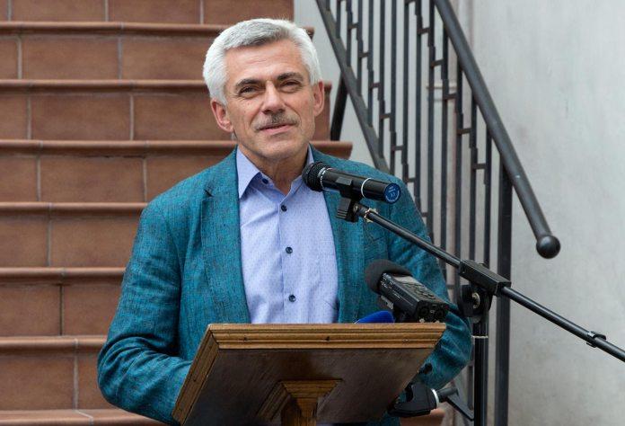 Доктор мистецтвознавства, професор ЛНА мистецтв Орест Голубець