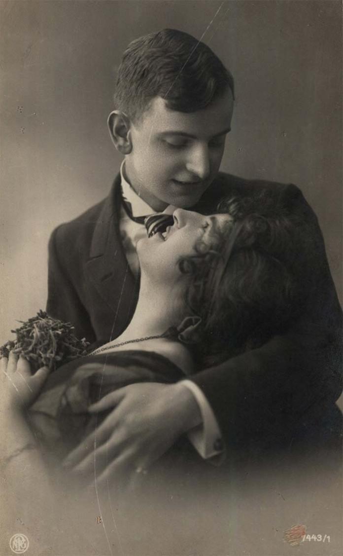 Закохана пара, фото початку ХХ століття
