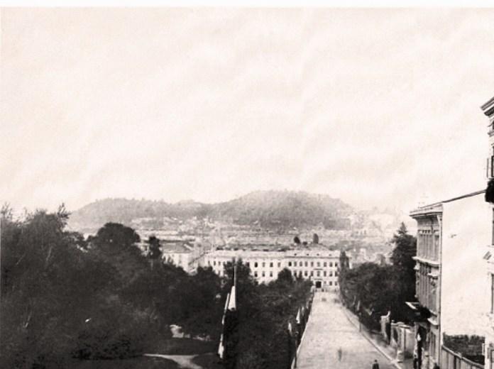 Вулиця Крашевського, 80-і рр. ХІХ ст. Будинку № 23 ще немає.