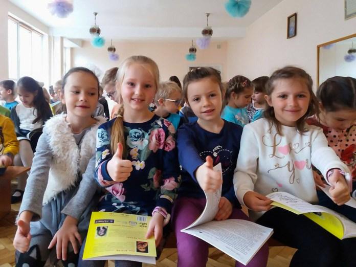 Львівська письменниця Леся Кічура на інтерактивній зустрічі з дітьми