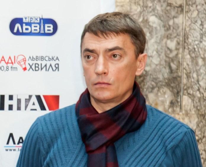 Режисер-поставник вистави Юрій Одинокий