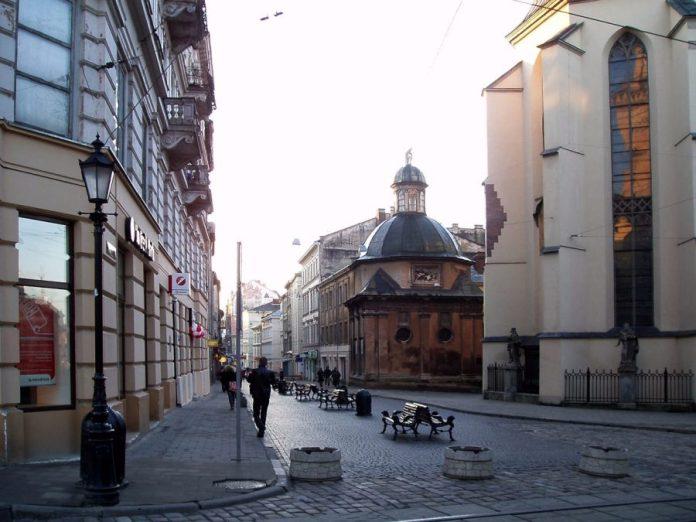 Вид на вулицю Галицьку у наші дні. Фото з https://uk.wikipedia.org