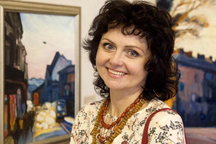 Олена Каменецька-Остапчук