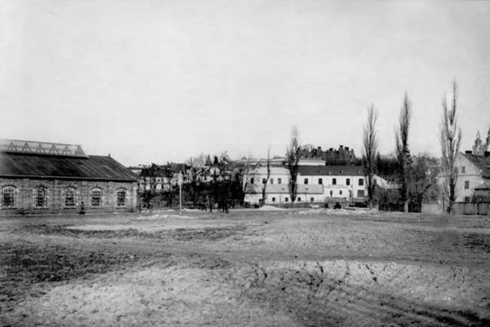 Будівництво трамвайного депо на Вульці. 1893. Фото із колекції І. Котлабулатової