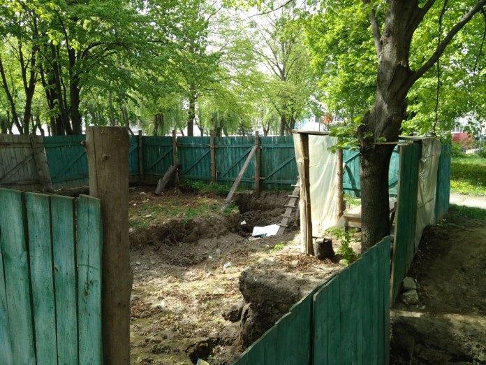 Розкопки на місці палацу Любомирських в Рівному, фото 2016 року.