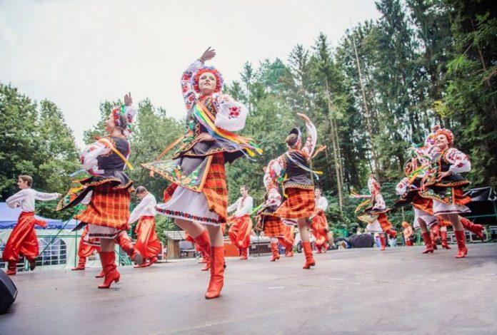 """""""Шевченківський гай"""" запрошує на Міжнародний фестиваль української культури і танцю"""