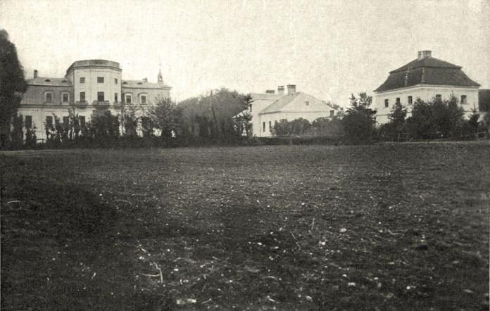 Монастир сестер Францисканок у Лабунях (Польща), приміщення для якого передав Олександр граф Шептицький, брат о. Климента
