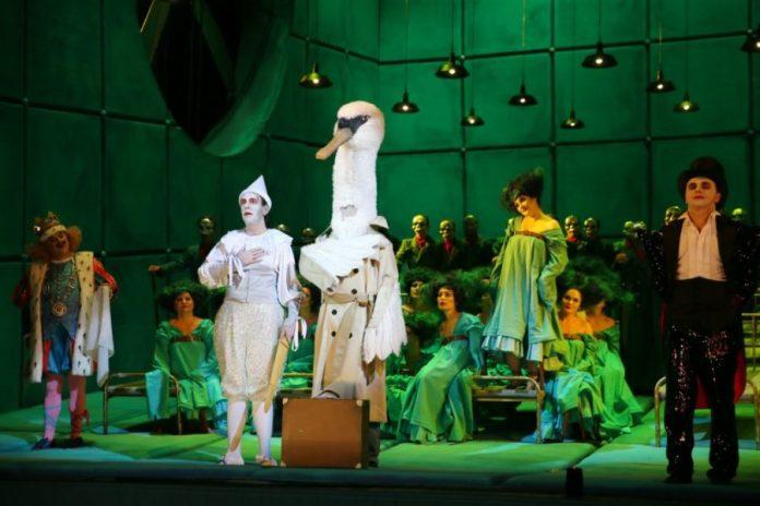 Сцена з опери ''Лоегрін''
